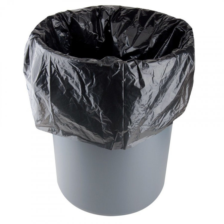 TRASH CAN WITH LINERS